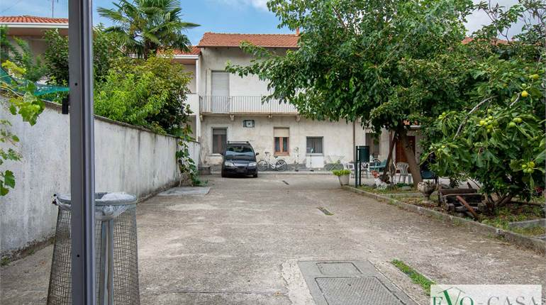 Town House for sale in Magnago